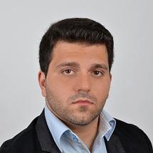 Петър Диков